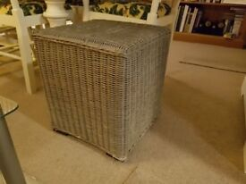 Lovely fashionable wicker cube table with square wooden feet