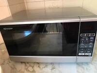 Sharp microwave in excellent condition