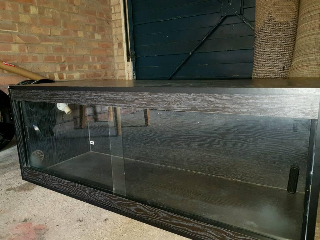 4ft Vivarium - Aqua Stands
