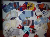 12 pairs of baby socks c.7-8 cm heel to toe