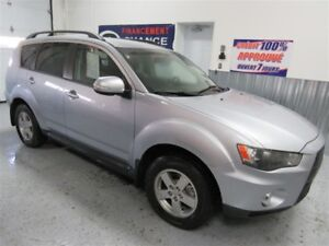 2010 Mitsubishi Outlander 7 passagers 4x4 towing pack