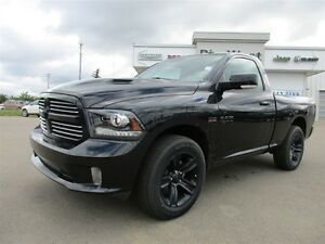 2016 Ram 1500 BLACK RAM SPORT 4X4 HEMI / HEATED BUCKETS / CAMERA
