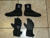 Aqua Lung Boots (size 4.5) and Northern Diver Ti-ax Gloves (ladies size small)