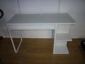 White Desk with 1 draw and shelfs - New Condition NO marks.