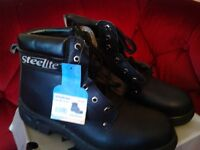 Mens safty working boots steel toe caps. Brand new size 10 £8.00 only