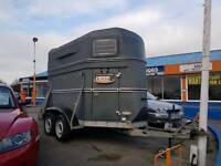 Horse box trailer twin wheel
