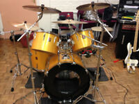 Portsmouth Drummer Available