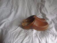 Simson Dutch Made Leather Clogs, Euro shoe size 43, UK shoe size 9.5-10