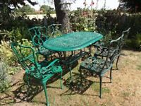 LARGE CAST ALUMINIUM GARDEN / PATIO SET -- TABLE AND 6 CHAIRS --