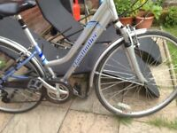 Hybrid bike, ladies Claude Butler