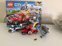 LEGO CITY 60137 TOW TRUCK TROUBLE NEW 2017 RELEASE