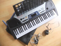 Yamaha Keyboard EZ150 and case