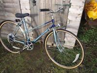 Ladies Raleigh retro road bike