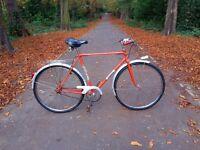 Unique, lovely French city vintage bike. Fully working, Medium size.