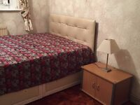 Lovely Double Bedroom @ affordable price in Romford !!
