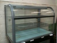 LINCAT CURVED GLASS FRONT FOOD DISPLAY CABINET