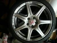 Honda Civic Type R wheels and tyres