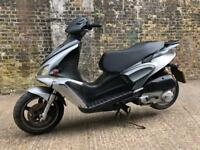 FULLY WORKING 2010 Benelli Velvet 125cc scooter 125 cc moped learner legal