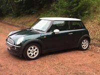 MINI COOPER 2002 BRITISH RACING GREEN