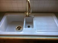 Ceramic kitchen sink for sale in excellent condition