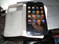 SAMSUNG GALAXY S4 16gb gt-i9505 4g UNLOCKED & LOTS EXTRAS