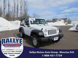 2016 Jeep Wrangler Sport! 4x4! Alloy! Hitch! ONLY 21K!!