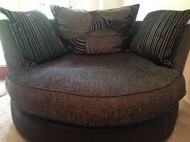 Large swivel chair / cuddle sofa