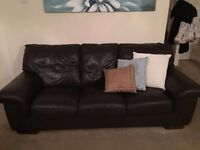real leather suite 3+2 seater vgc
