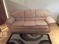 SOFA CREAM LEATHER * FREE Delivery * 🎉🎉