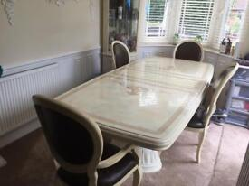 Luxury Italian dining set with 6 chairs