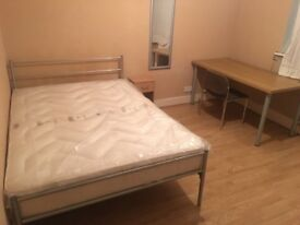 Big double room to rent in an Irish house in Plaistow