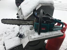 Makita chainsaw 18 inch blade good working order£60Makita chainsaw 18 inch