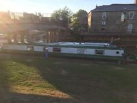 Short term Rent a room on a boat overnight stay on the riverside