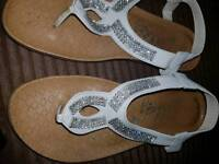 White sparkly sandals size 5