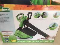 Leaf blower & leaf vacuum collector brand new