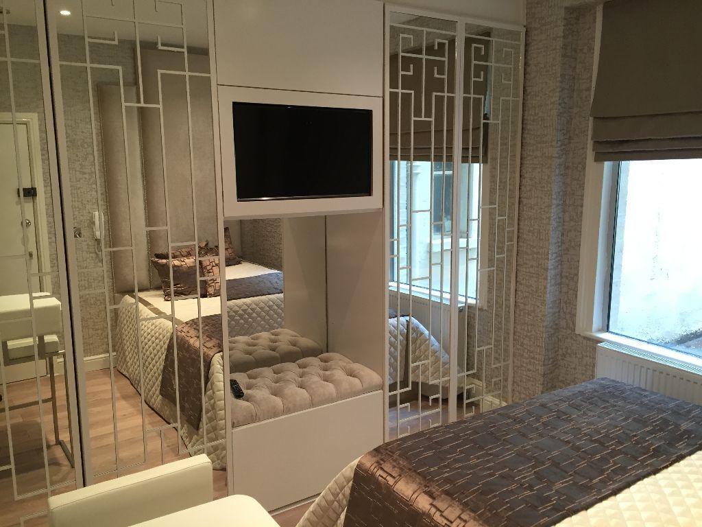 Luxury studio flat in Pimlico. Excellent condition and location.