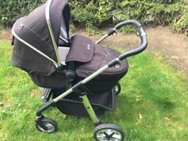 Silver Cross Pioneer Travel System and Simplicity Car Seat silvercross