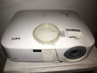 NEC VT48 Video Projector
