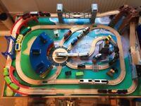 Kids Toys - Universe of Imagination Train Set/Table