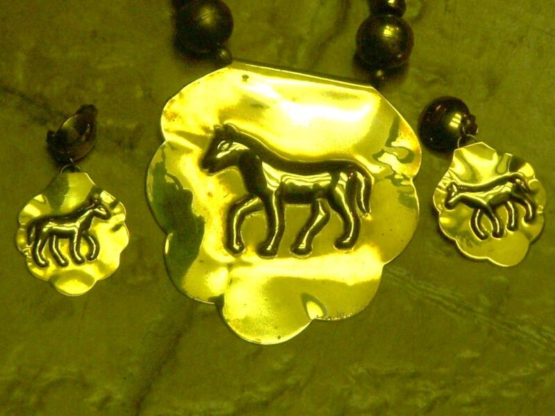 LARGE BRASS HORSE PENDANT NECKLACE & CLIP ON HORSE EARRINGS RUNWAY EQUESTRIAN