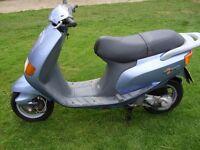 Piaggio / vespa scooter moped sfera 80 cc full mot no advisory's mature owner no faults.