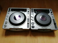 2 x CDJ 800's MK1 & 2 boxed with Decksaver covers