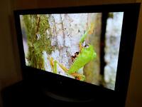 """LG 50"""" plasma HD TV HDMI remote 150£"""