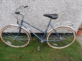 Ladies B.S.A Metro Vintage Cycle 3 Speed. Unwanted present. Never been used.