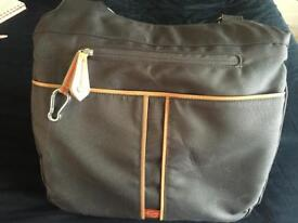 Pacapod 3 in 1 Changing and Feed Bag
