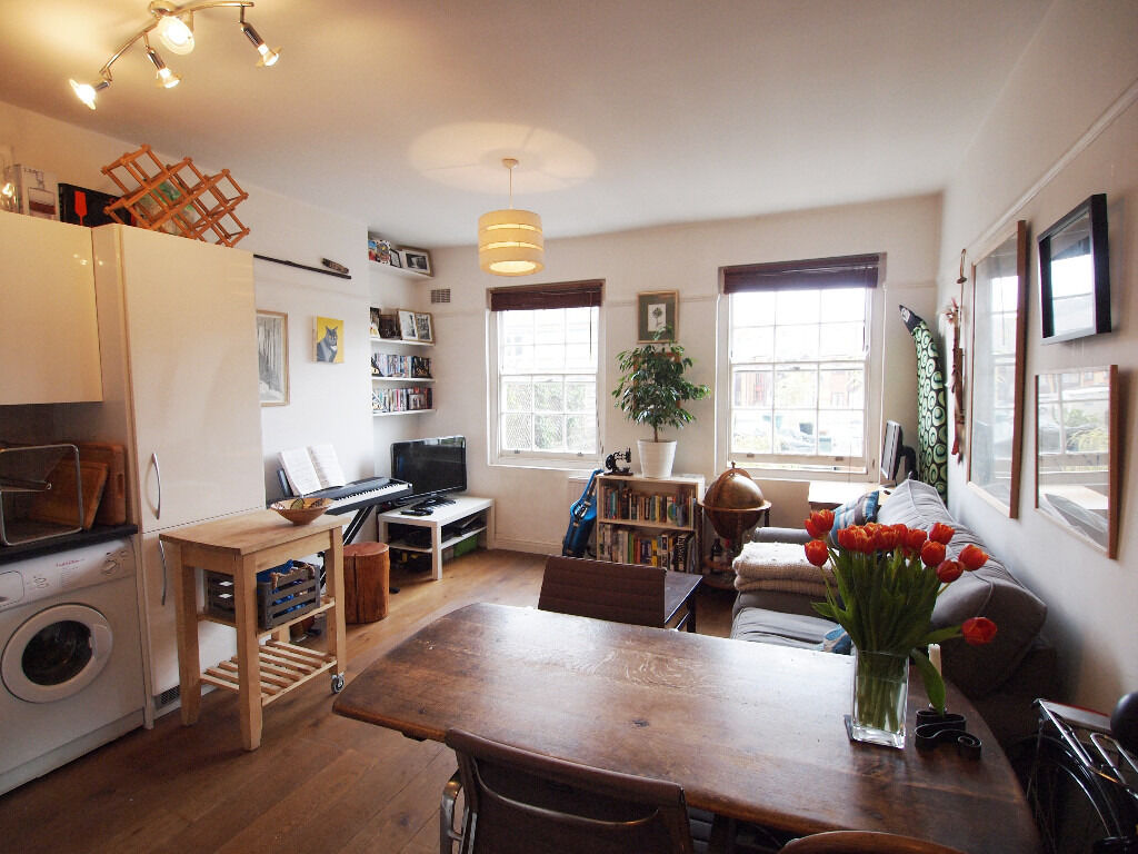 1 bed period conversion flat near Dalston Junction