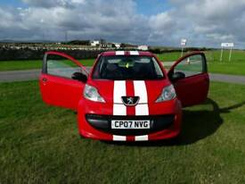 07 PEUGEOT 107 URBAN IN RED 1 PREVIOUS OWNER £20 A YEAR ROAD TAX FSH