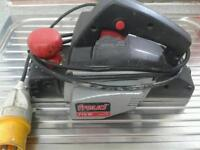 FREUD 110 ELECTRIC PLANER NEW BLADES EXCELLENT WORKING ORDER AND CONDITION