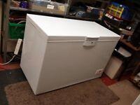 1300mm wide beko chest freezer