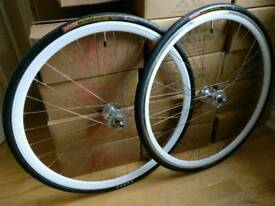 Track / Fixie / Singlespeed Condor Wheelset, white, brand new, with tyres